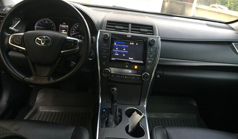 Used Toyota Camry 2016 full